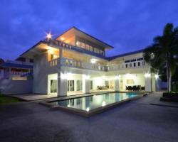 4 Bed 5 Bath in Na-Jomtien / Bang Saray for 14,500,000 THB PC6003