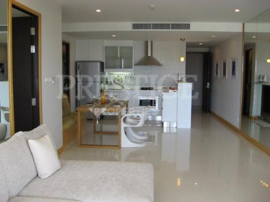 la royale beach condo to rent in Na Jomtien Pattaya