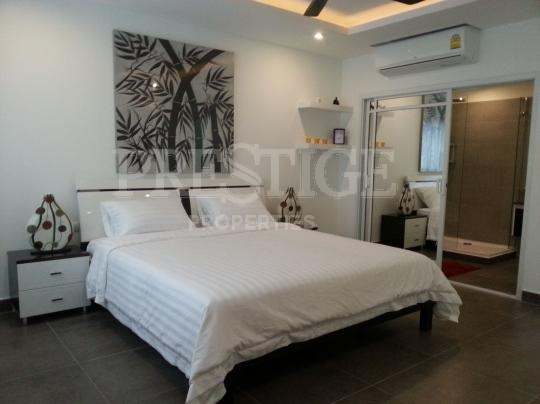tudor court Condominiums for sale in Pratumnak Pattaya