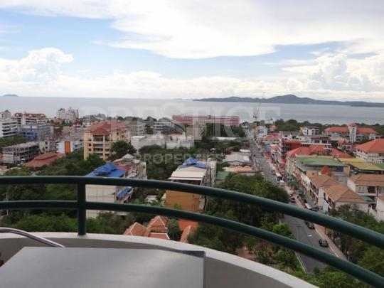 star beach condotel to rent in Pratumnak Pattaya