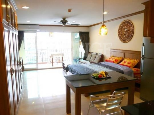 platinum suites Condominiums for sale in Jomtien Pattaya