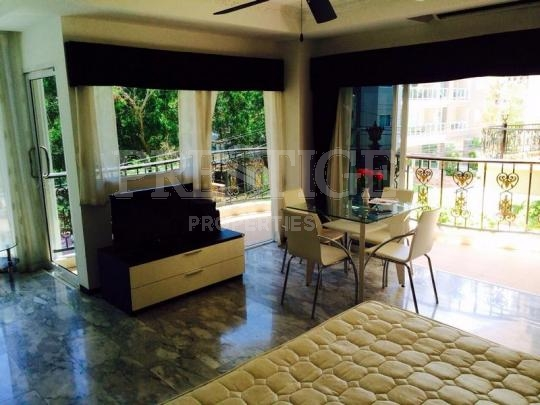 siam oriental twins Condominiums for sale in Pratumnak Pattaya