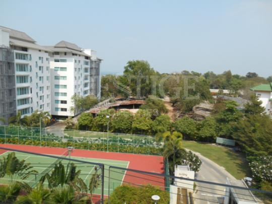 club royal c  Condominiums for sale in Naklua Pattaya