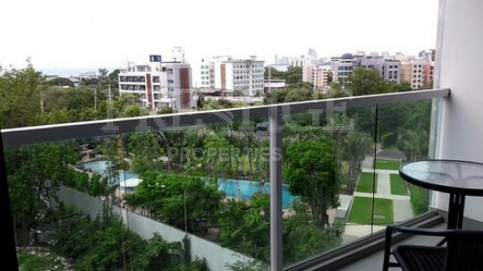 park royal 2 Condominiums for sale in Pratumnak Pattaya