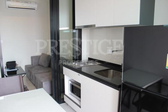 the base  Condominiums to rent in Central Pattaya Pattaya