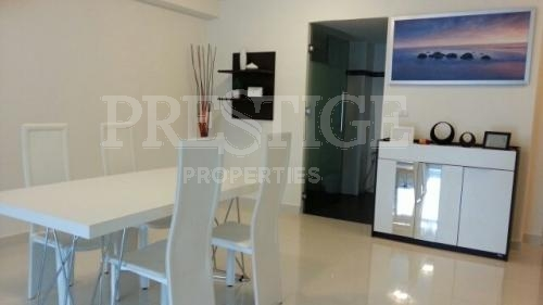 beachfront condo with amazing views for sale in Na Jomtien Pattaya