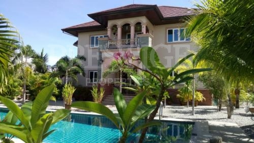 6 Bed 6 Bath in East Pattaya for 19,990,000 THB PC6676