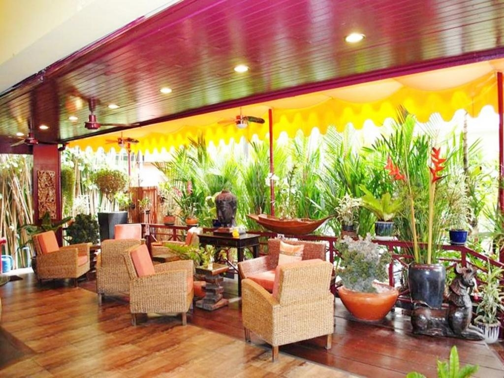 10 Bed 10 Bath in Central Pattaya for 42,000,000 THB PCO2041