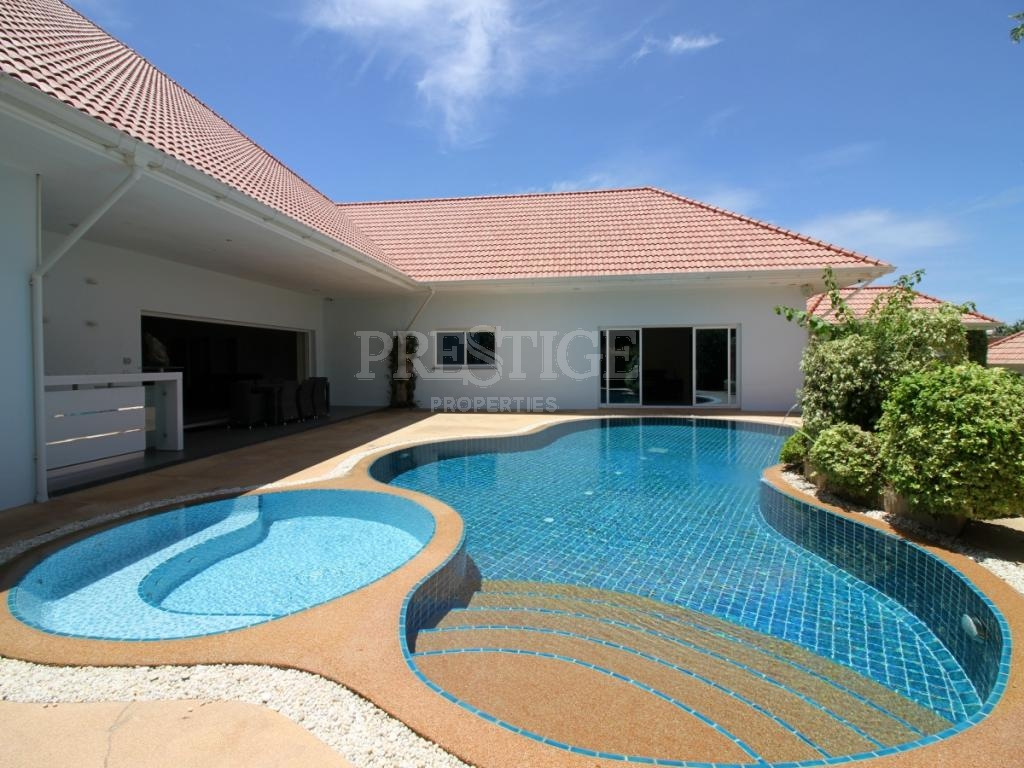 5 Bed 5 Bath in East Pattaya PC2561