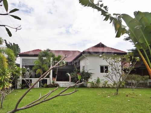 4 Bed 4 Bath in Na-Jomtien / Bang Saray for 12,900,000 THB PC5410