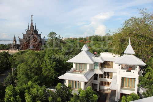 4 Bed 6 Bath in Naklua for 131,000,000 THB PC5759