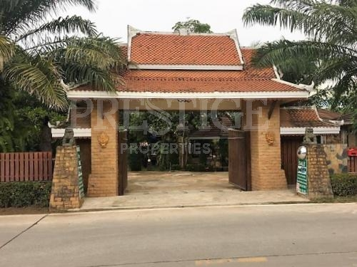3 Bed 3 Bath in Huay Yai / Phoenix for 11,900,000 THB PC6000