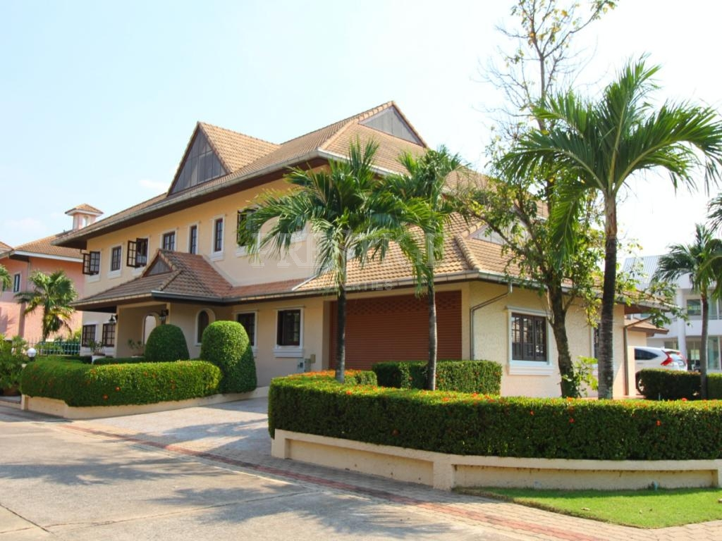 5 Bed 7 Bath in East Pattaya for 16,500,000 THB PC6070