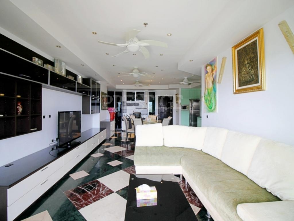 1 Bed 2 Bath in Central Pattaya for 6,825,000 THB PC6678