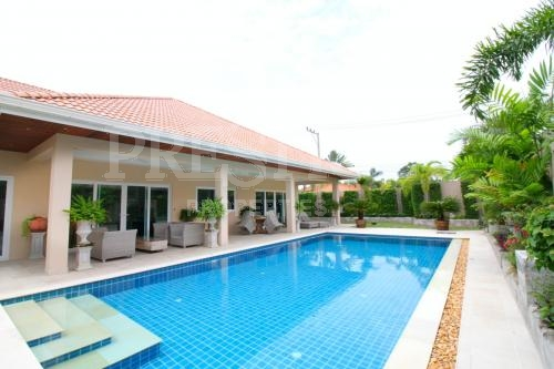 4 Bed 5 Bath in East Pattaya for 21,250,000 THB PCH5591