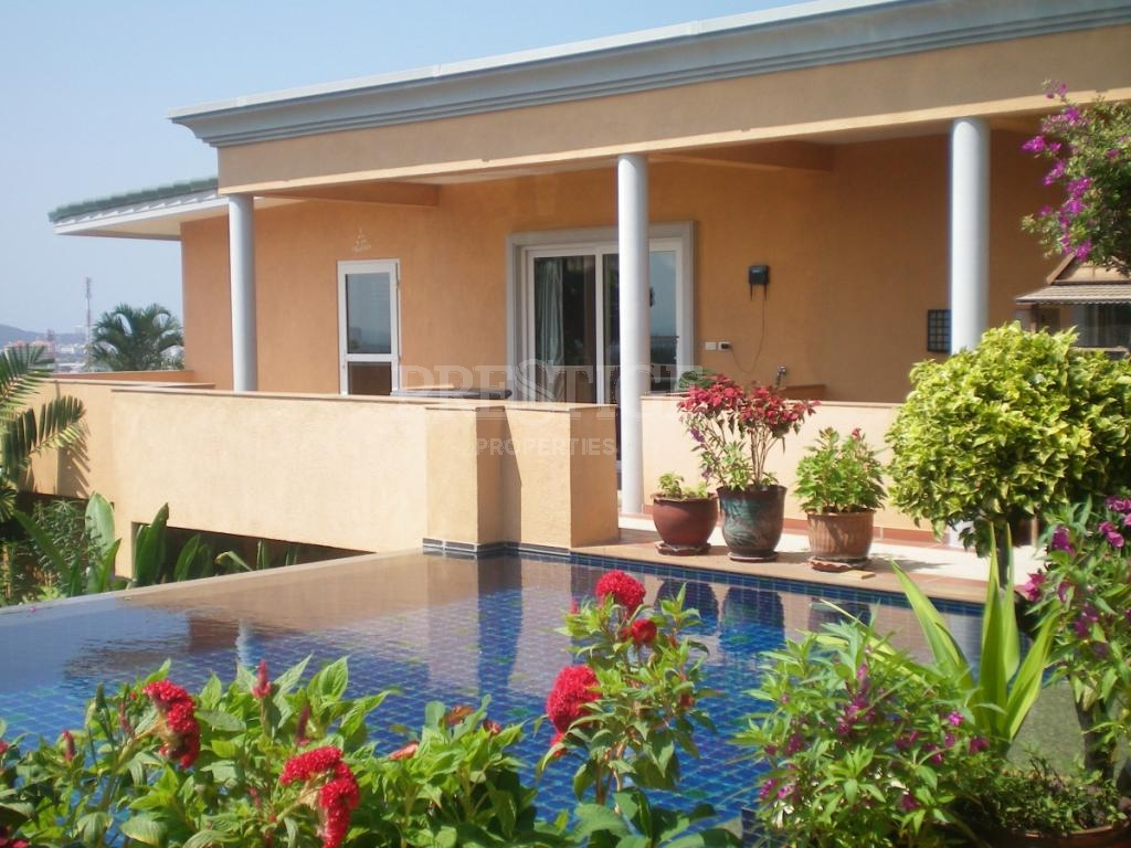 5 Bed 6 Bath in East Pattaya for 40,000,000 THB PC7142