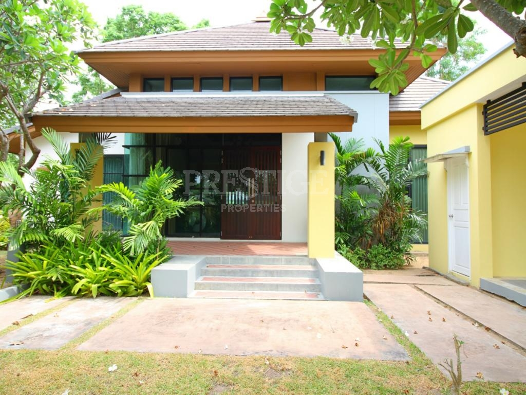 3 Bed 3 Bath in East Pattaya for 14,000,000 THB PC7360
