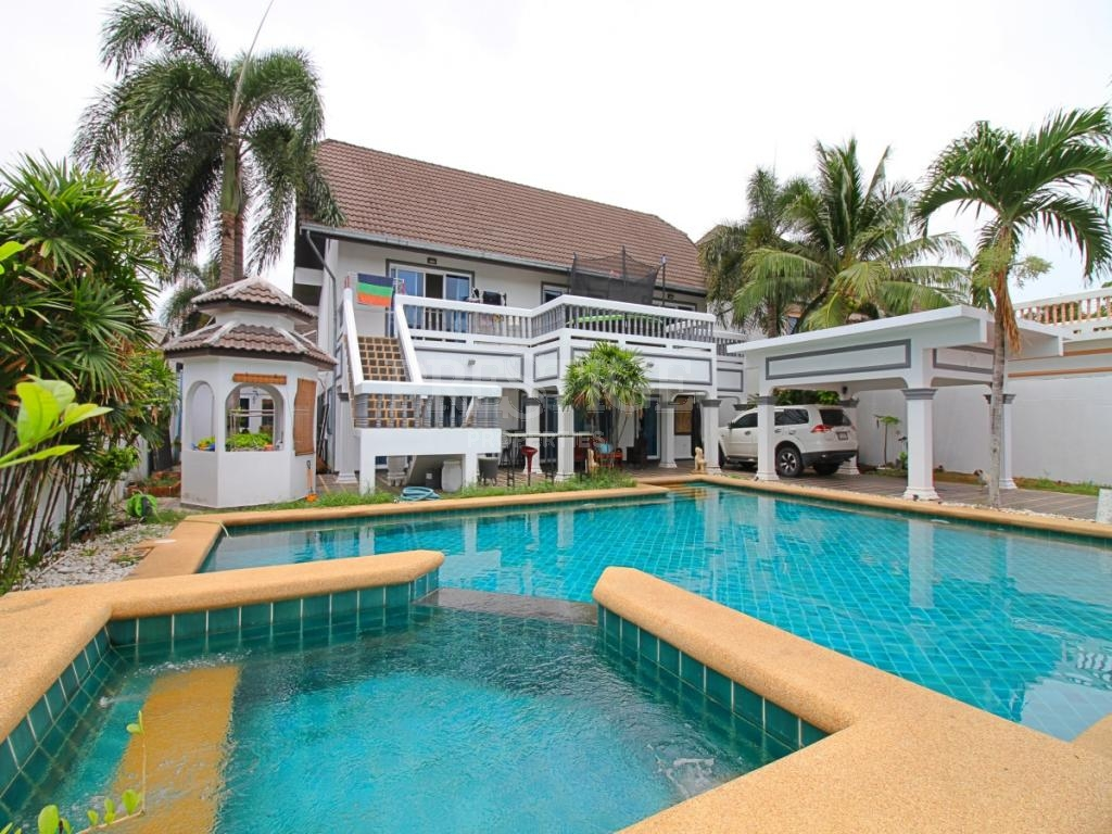 3 Bed 2 Bath in East Pattaya for 8,300,000 THB PC7389