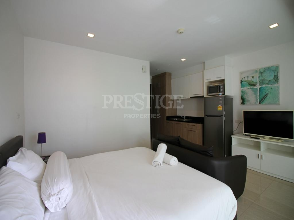 Studio Bed 1 Bath in Pratamnak for 3,024,000 THB PC7528