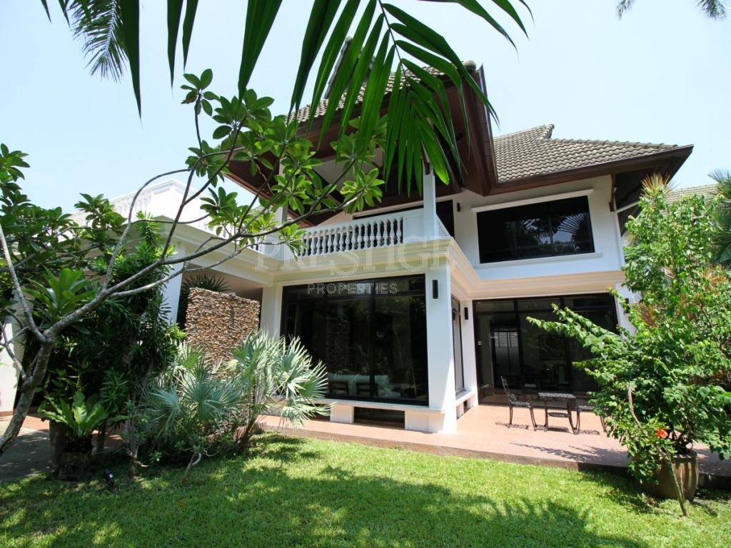 4 Bed 4 Bath in Na-Jomtien / Bang Saray for 15,700,000 THB PC7618