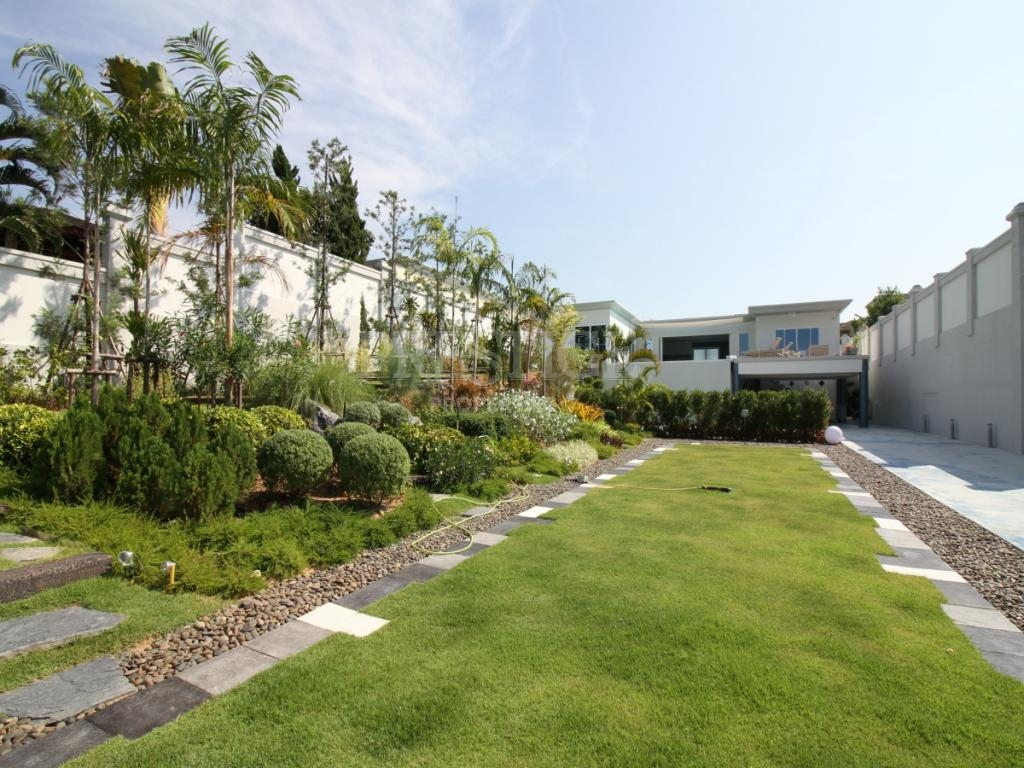 3 Bed 4 Bath in East Pattaya for 19,500,000 THB PC7704