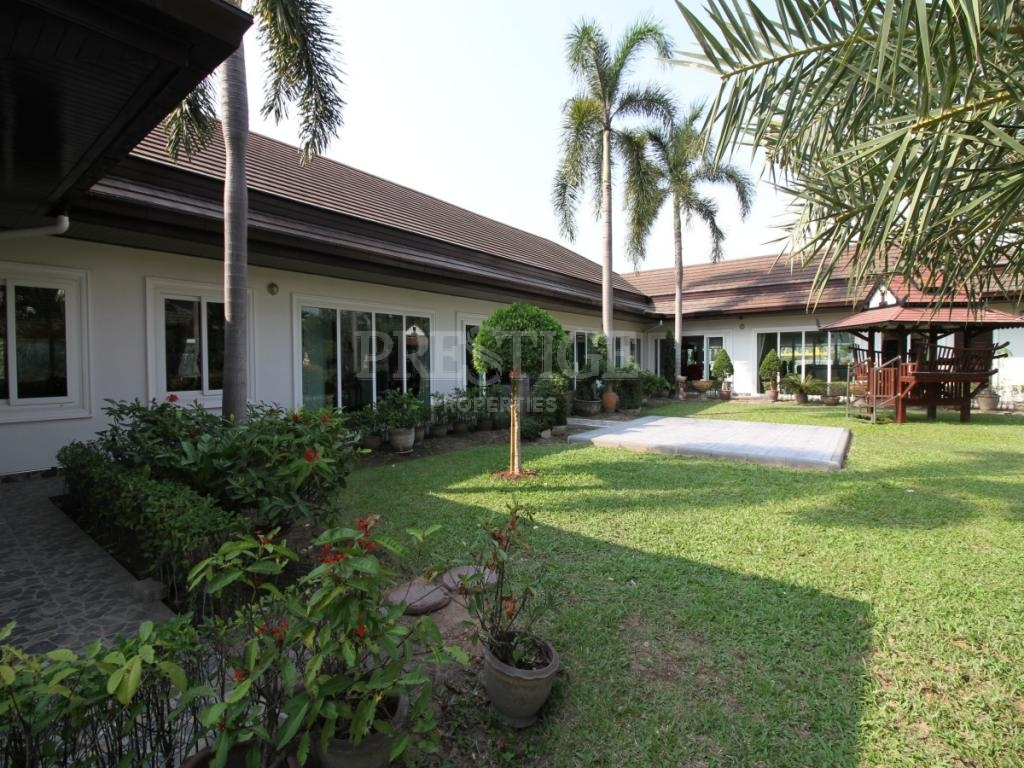 6 Bed 6 Bath in East Pattaya for 14,900,000 THB PC7749