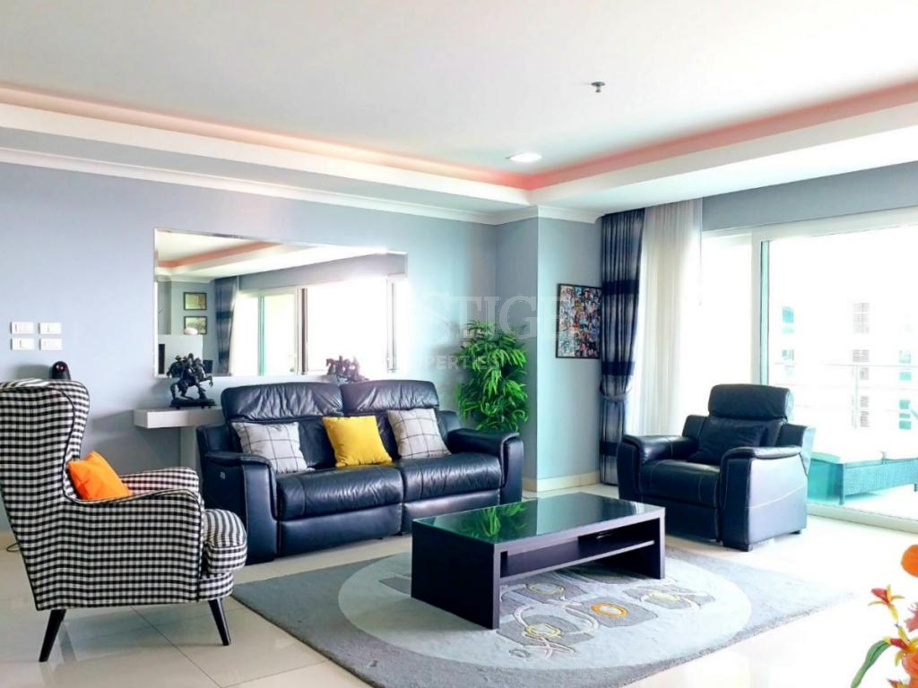 2 Bed 2 Bath in Pratamnak for 11,500,000 THB PC7771