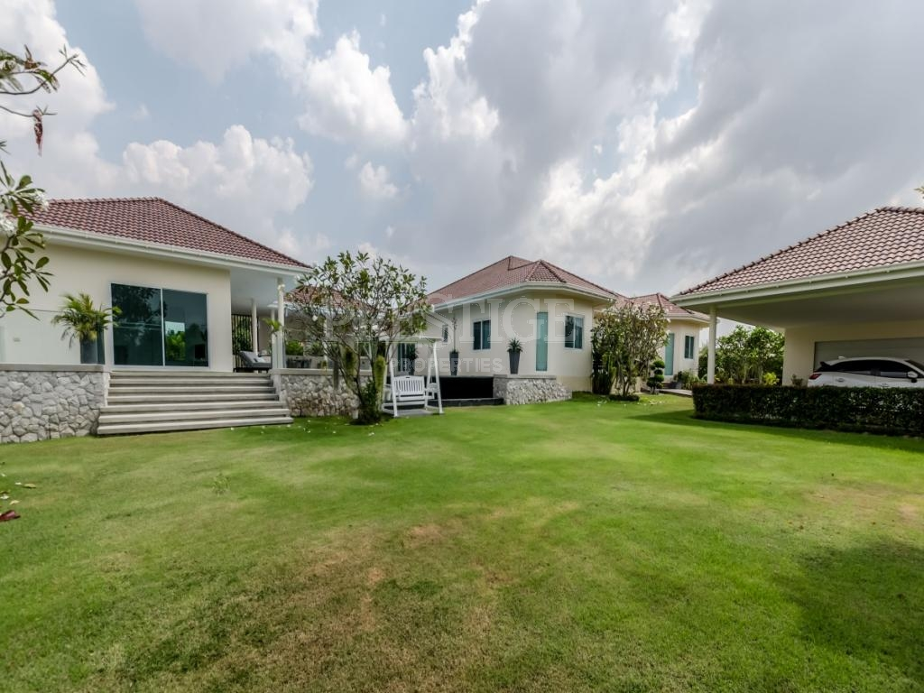 4 Bed 4 Bath in East Pattaya for 22,900,000 THB PC7787