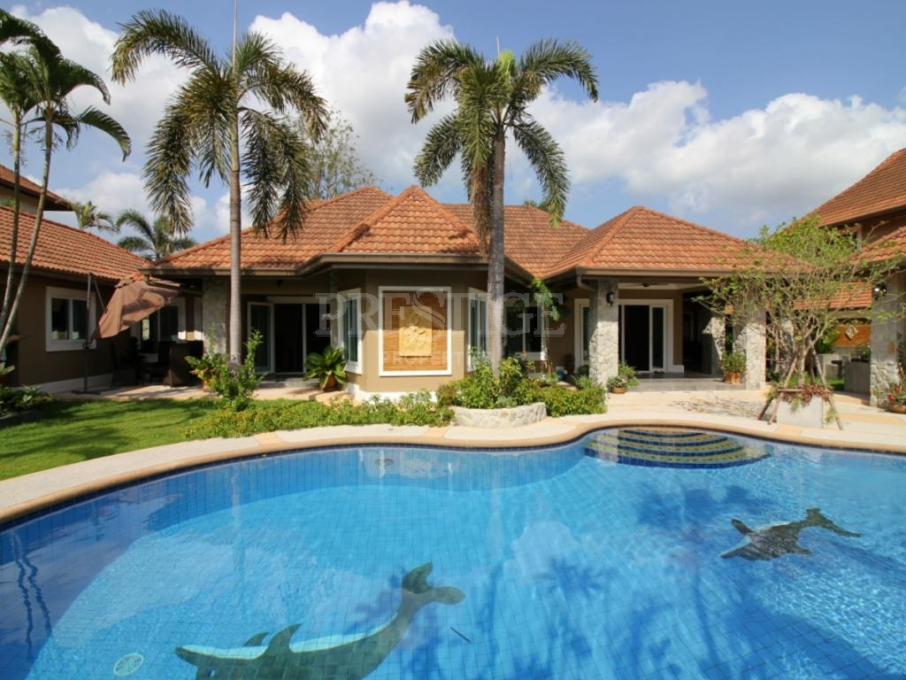 5 Bed 5 Bath in North Pattaya for 13,500,000 THB PC7794