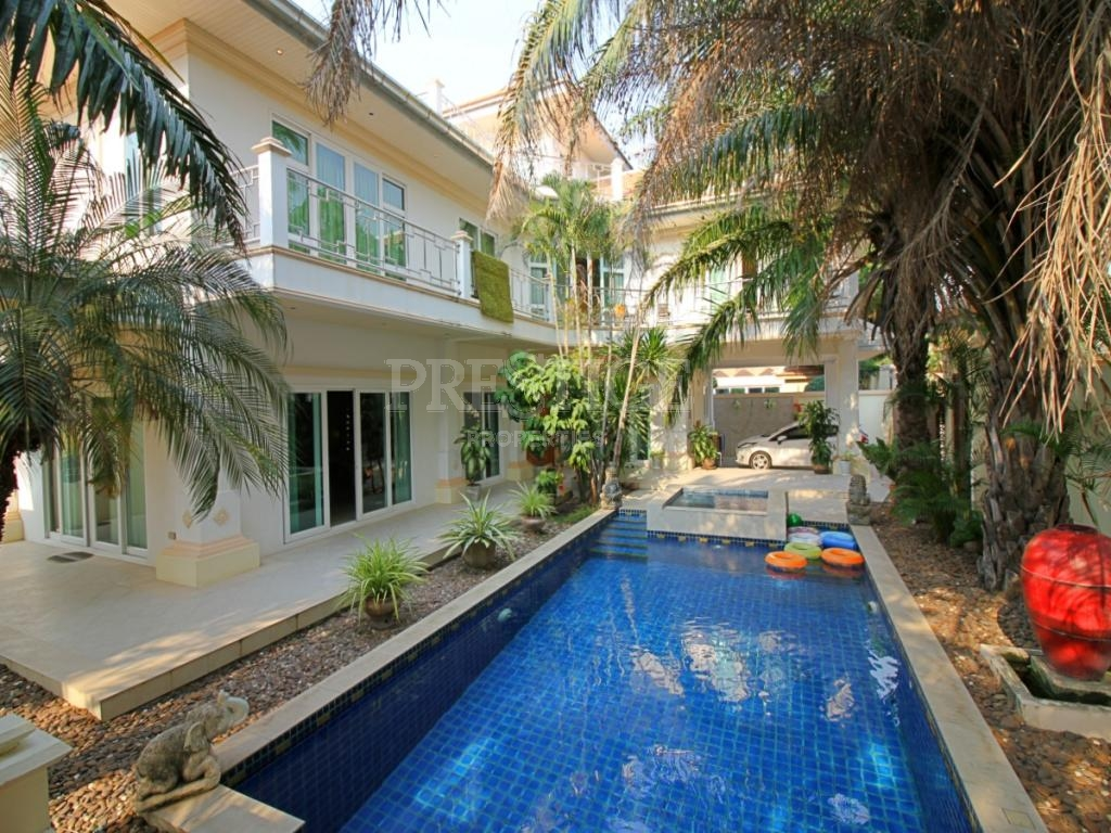 4 Bed 4 Bath in Na-Jomtien / Bang Saray for 33,000,000 THB PC7813