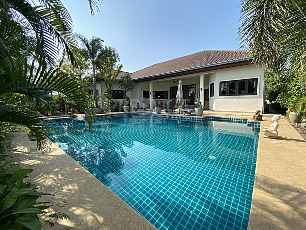 5 Bed 4 Bath in North Pattaya PC7831
