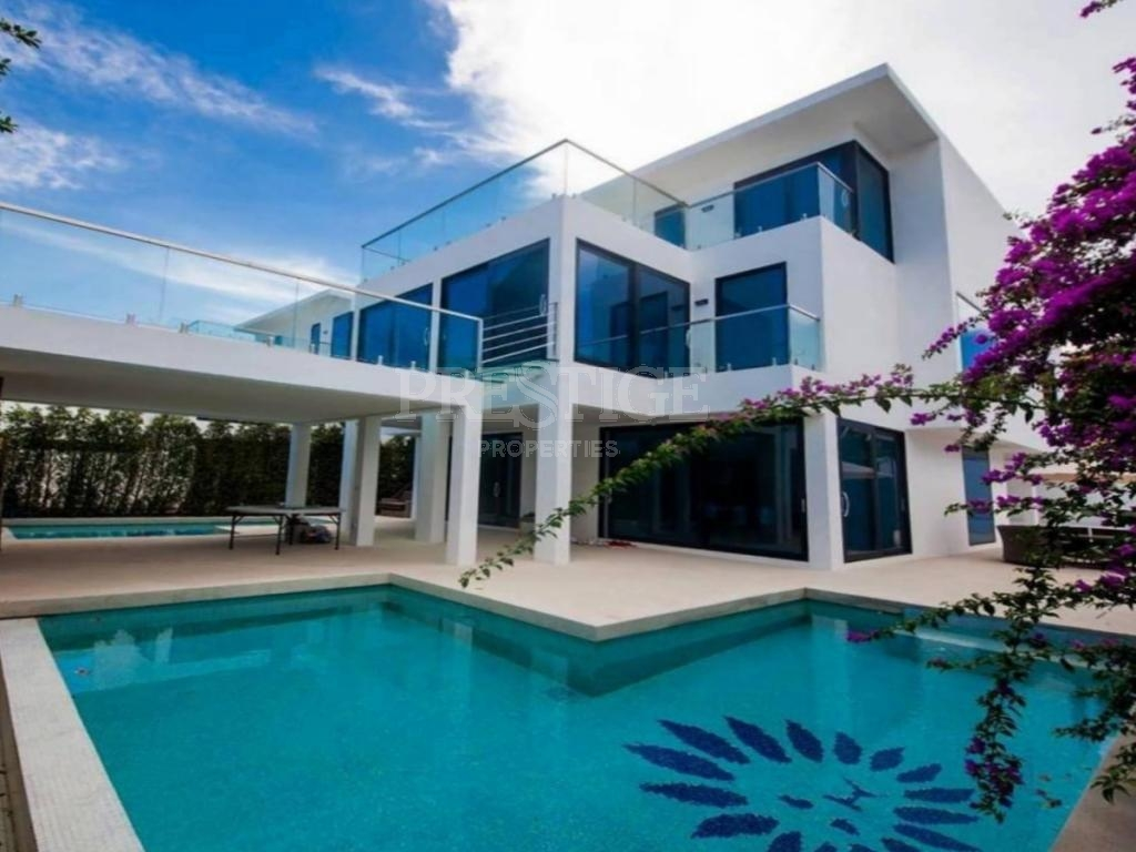 3 Bed 3 Bath in South Pattaya for 12,500,000 THB PC7924