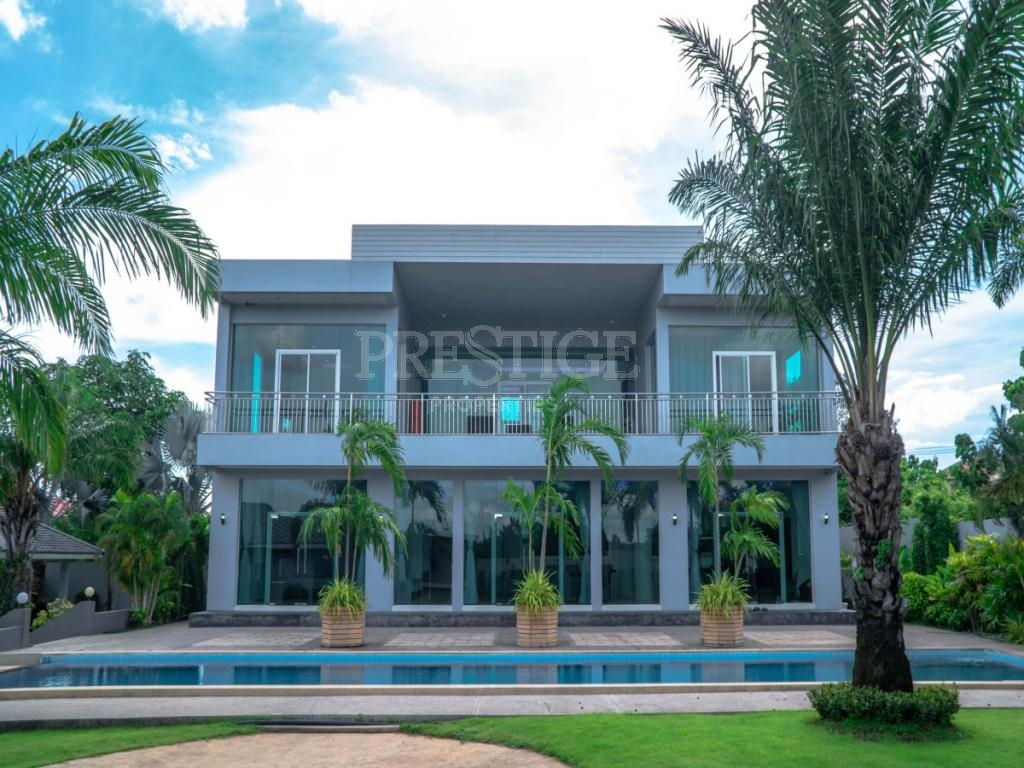 6 Bed 5 Bath in East Pattaya for 18,900,000 THB PC7998