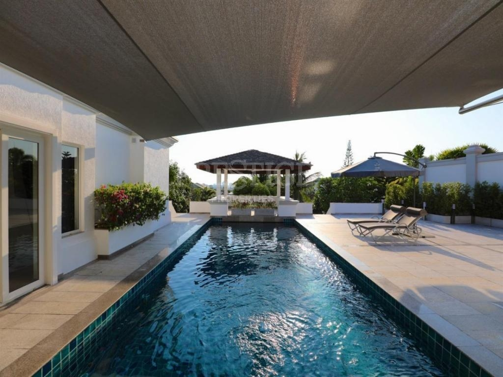 4 Bed 5 Bath in East Pattaya for 31,880,000 THB PC8067
