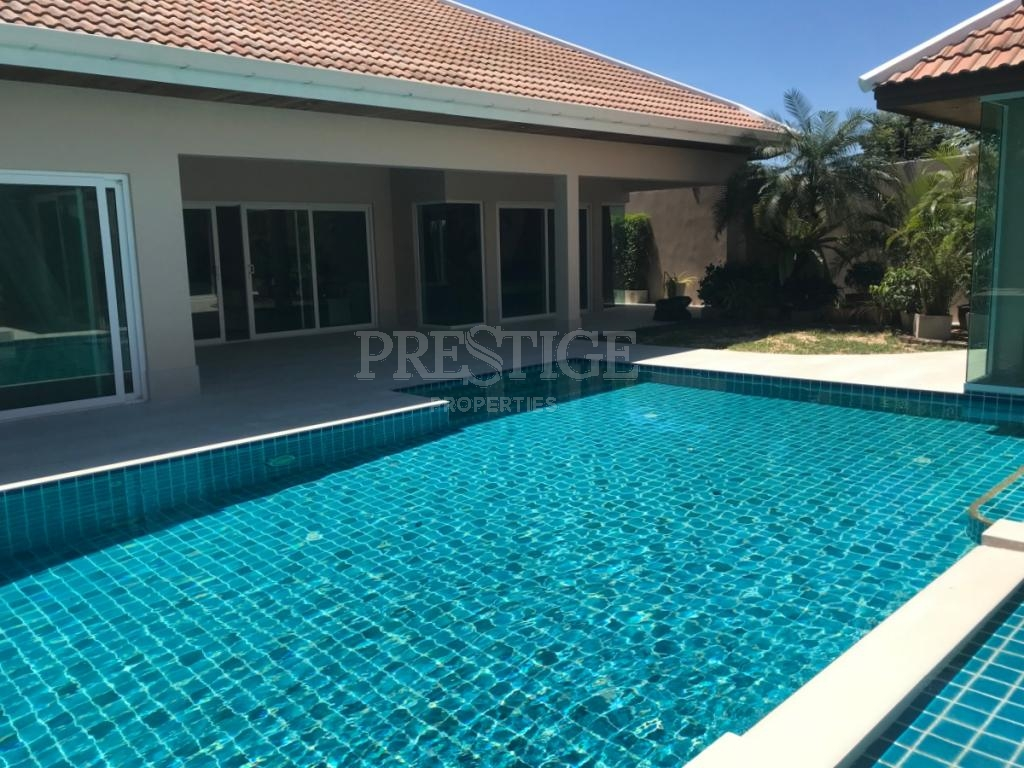 3 Bed 4 Bath in East Pattaya for 16,900,000 THB PC8078