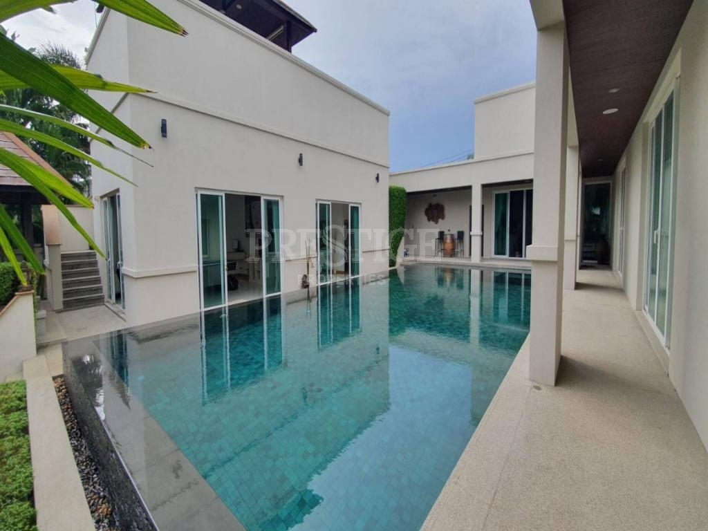 4 Bed 4 Bath in East Pattaya for 24,999,000 THB PC8080