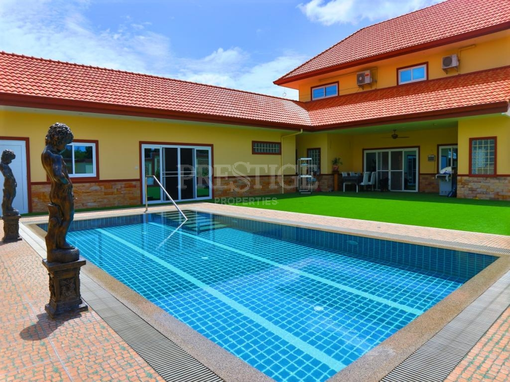 4 Bed 3 Bath in East Pattaya for 13,000,000 THB PC8099