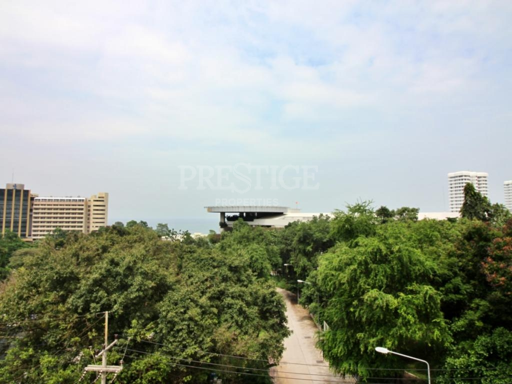 1 Bed 2 Bath in Pratamnak for 2,290,000 THB PC8119