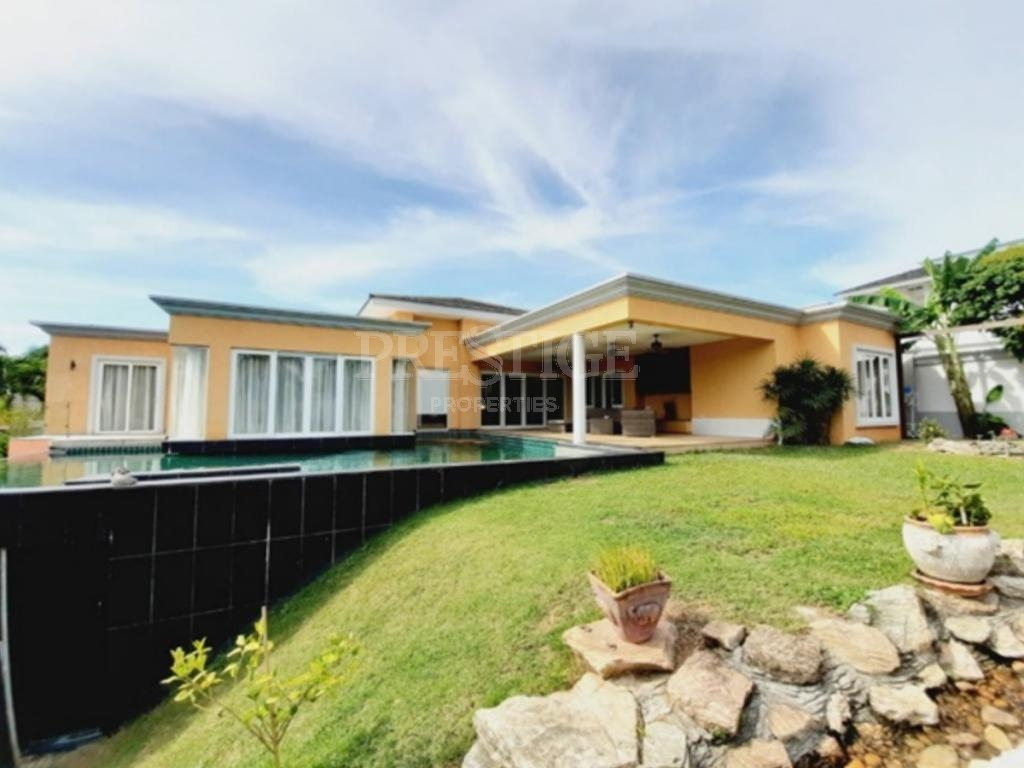 5 Bed 5 Bath in East Pattaya for 29,000,000 THB PC8448